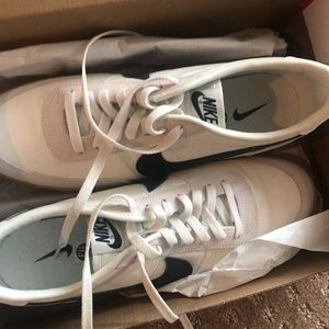 Perfect Condition (Brand New) 11.5 Nike Sneakers